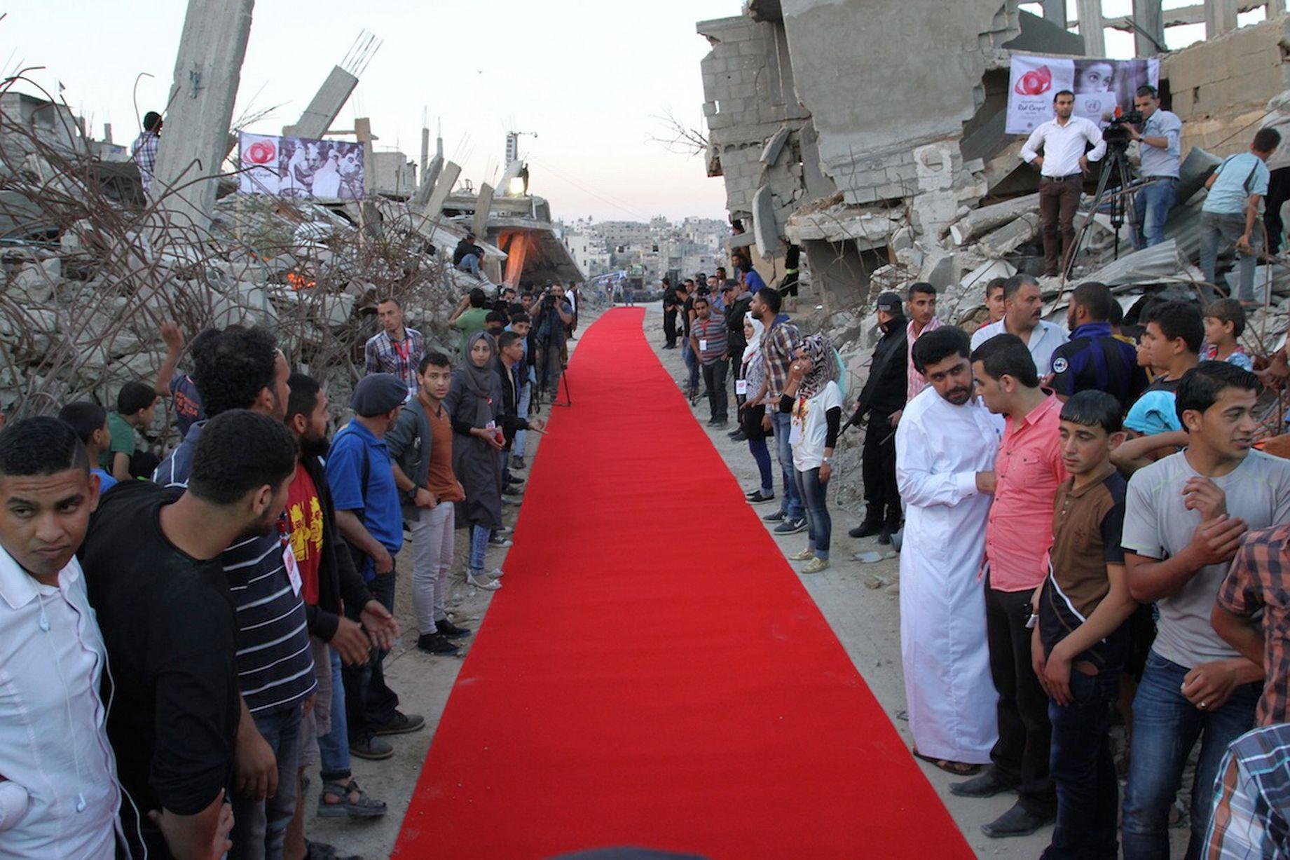 Το Κόκκινο Χαλί Στη Λωρίδα Της Γάζας_1