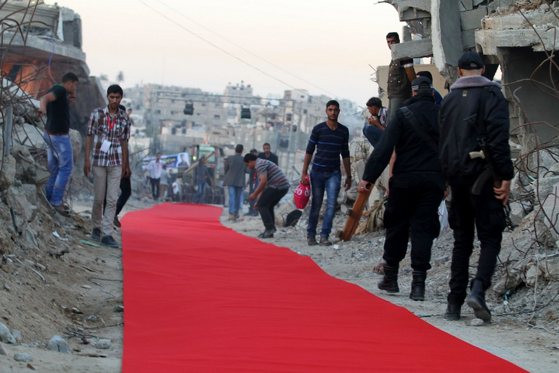 Το Κόκκινο Χαλί Στη Λωρίδα Της Γάζας_4