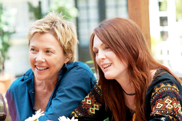 Annette Bening (left) and Julianne Moore (right) star as Nic and Jules in Lisa CholodenkoÕs THE KIDS ARE ALL RIGHT, a Focus Features release. Photo Credit: Suzanne Tenner